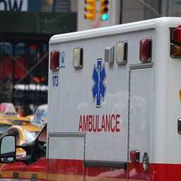 ambulance-2554653_1920